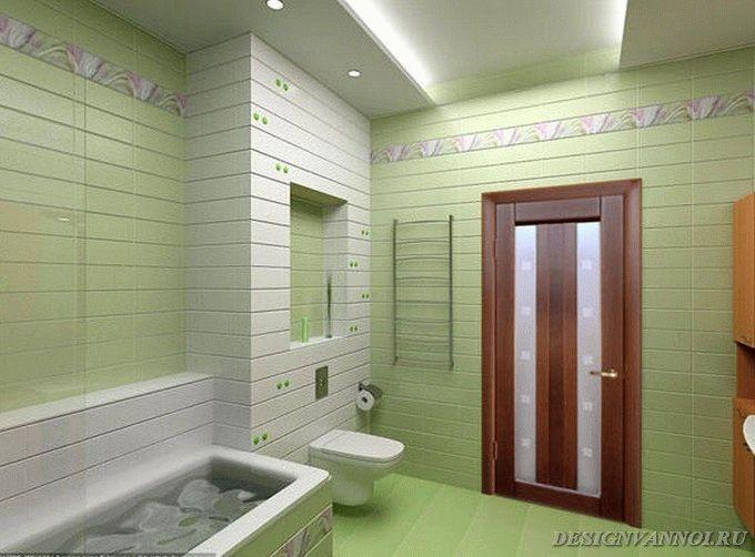 Deuren naar badkamer en toilet Foto