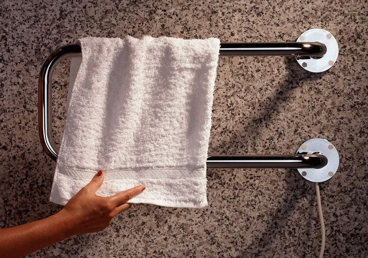розетка в ванной комнате
