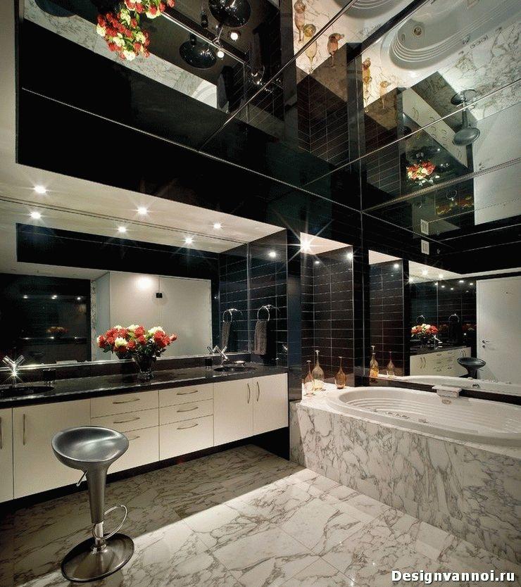 зеркальный потолок в ванной